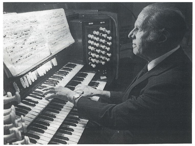 The Organist at Work. Source: www.markabley.com