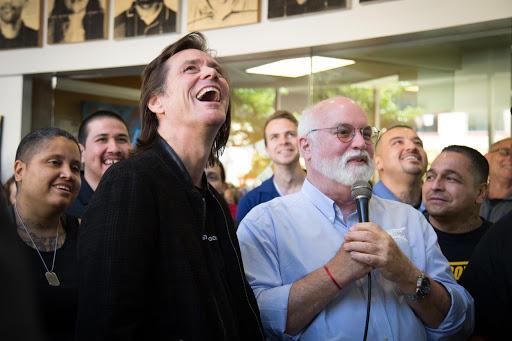 Jim Carrey and Fr. Greg Boyle, SJ at Homeboys. Source: jimcarreyonline.com