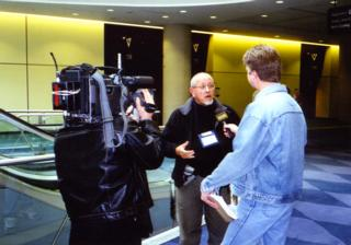 Interviewing Gordon Lawrence, New Zealand media educator at Summit 2000